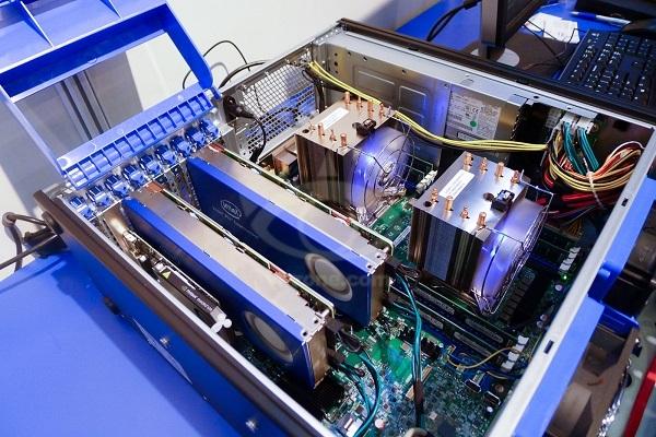 GPUはコプロセッサ化が進むかもしれない_f0182936_00100048.jpg
