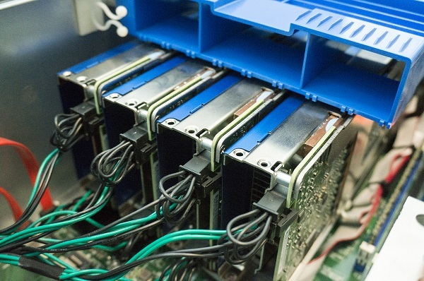 GPUはコプロセッサ化が進むかもしれない_f0182936_00100060.jpg