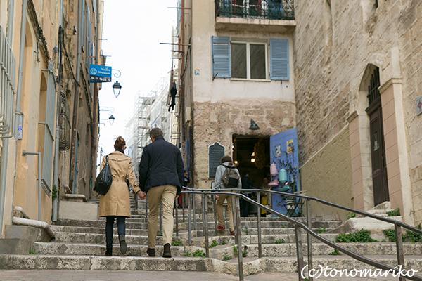 旅先での「旧市街」さんぽ 〜マルセイユ「パニエ地区」〜_c0024345_06295767.jpg