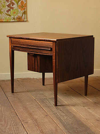 sewing table (Johannes Andersen)_c0139773_14354611.jpg