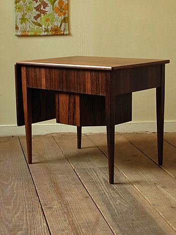 sewing table (Johannes Andersen)_c0139773_14355997.jpg