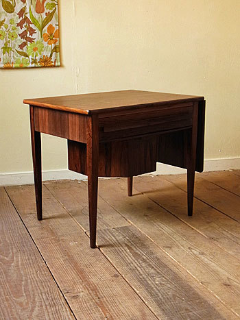 sewing table (Johannes Andersen)_c0139773_15003365.jpg
