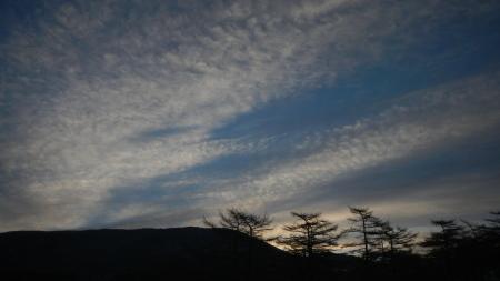 春の雲_e0120896_07410621.jpg