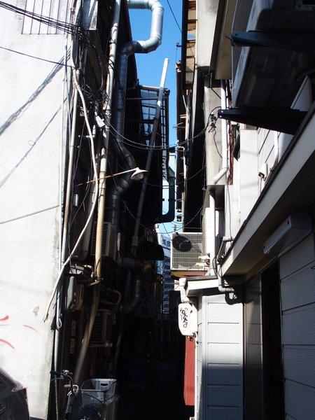 定点観測@広島駅西飲食街③_b0190540_1152851.jpg