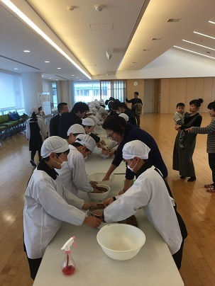 第一学園5年生 「菓子木型発表会」_c0227958_07310177.jpg