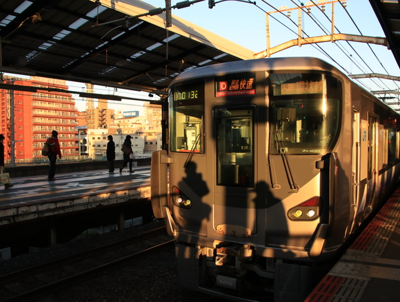 JR新今宮駅 夕方・・_d0202264_2101181.jpg