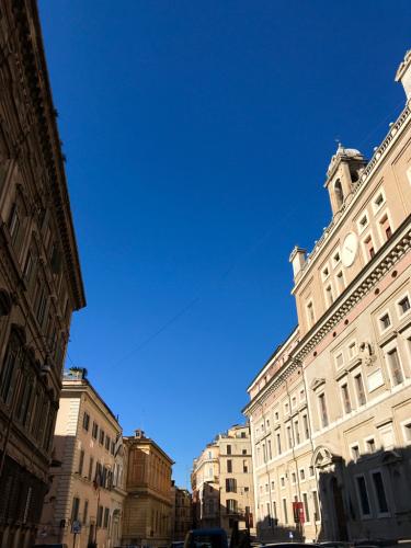 願いを込めて♡ ローマからバンコクへ!最後の朝モーニングカフェ♡ _f0355367_10040695.jpg