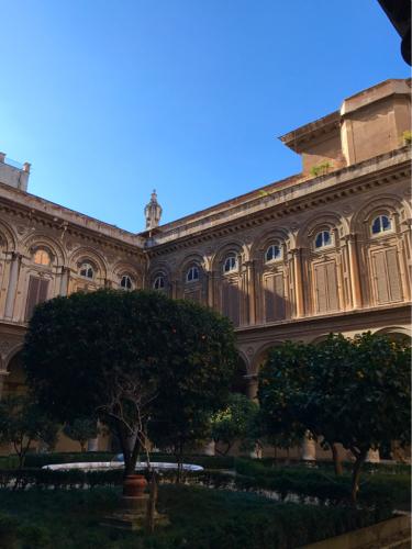 願いを込めて♡ ローマからバンコクへ!最後の朝モーニングカフェ♡ _f0355367_10040907.jpg