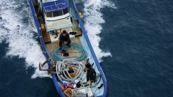 漁船_e0166355_7263889.jpg