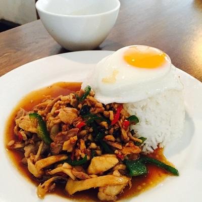 芝公園「タイ国専門食堂」_b0114515_21592766.jpg