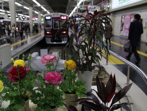 阪急梅田駅・・_d0202264_175204.jpg