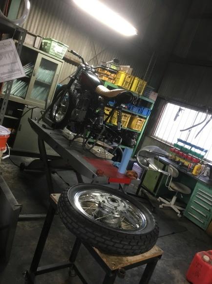 SR400 車検整備 とアップデート_a0139843_01300085.jpg