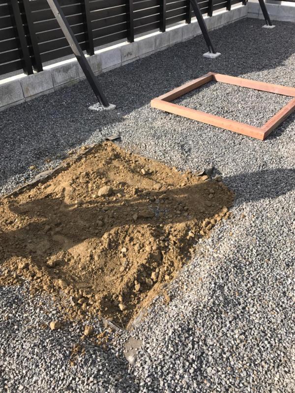 砂場を、作りました_e0365432_10331264.jpg