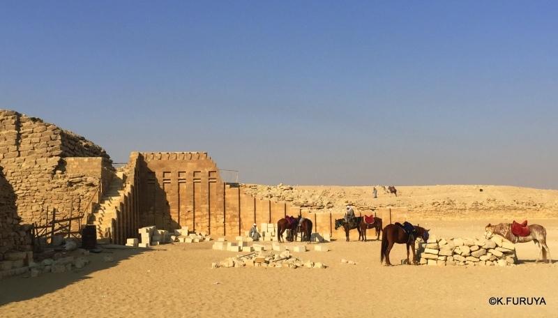 """エジプト史最古の史跡を訪ねて  \""""サッカラ\""""_a0092659_22043760.jpg"""