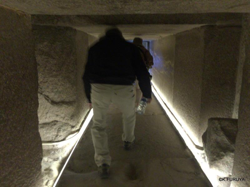 """エジプト史最古の史跡を訪ねて  \""""サッカラ\""""_a0092659_22283349.jpg"""