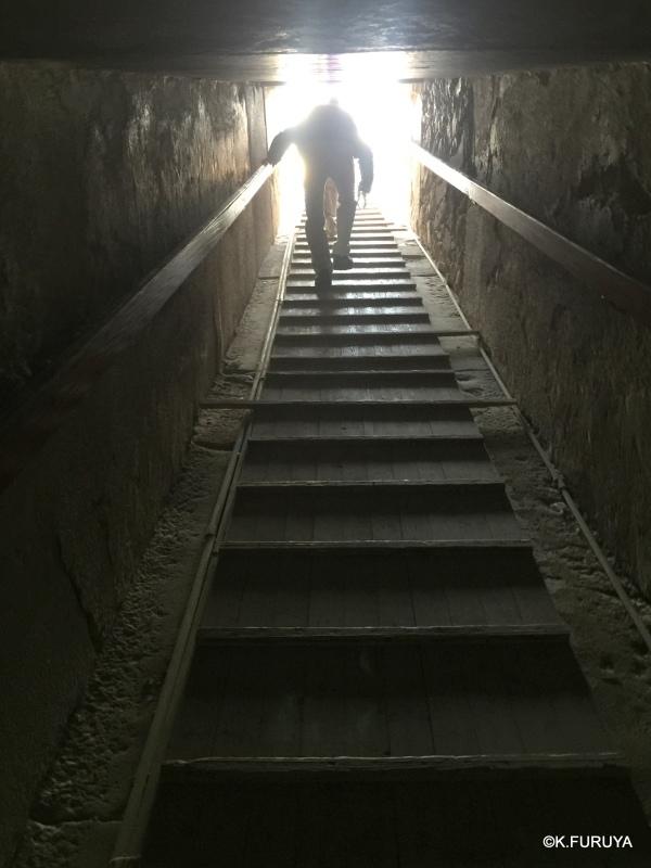 """エジプト史最古の史跡を訪ねて  \""""サッカラ\""""_a0092659_22452466.jpg"""