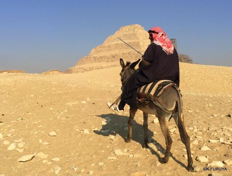 """エジプト史最古の史跡を訪ねて  \""""サッカラ\""""_a0092659_23045683.jpg"""