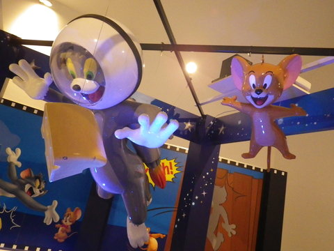 TOM and JERRY #5 END_b0207642_1321454.jpg