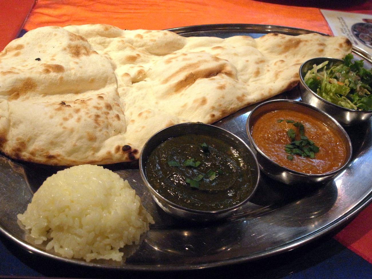 ここもトマトが強いね〔 Maharaja(マハラジャ)/インド料理/JR北新地・地下鉄西梅田〕_f0195971_10211240.jpg