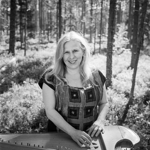 Sinikka Langeland 来日ツアー・スタートまであと2 週間少し_e0081206_13322488.jpg