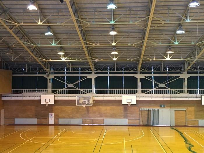 体育館カーテン交換 コントラクトカーテン_e0243413_16060262.jpg