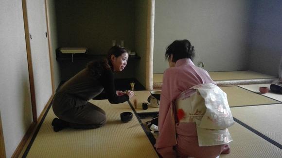 日曜朝教室のお茶会_e0175020_21452832.jpg