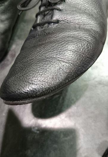 黒い靴には黒いクリームを使いたい!_b0226322_19203863.jpg