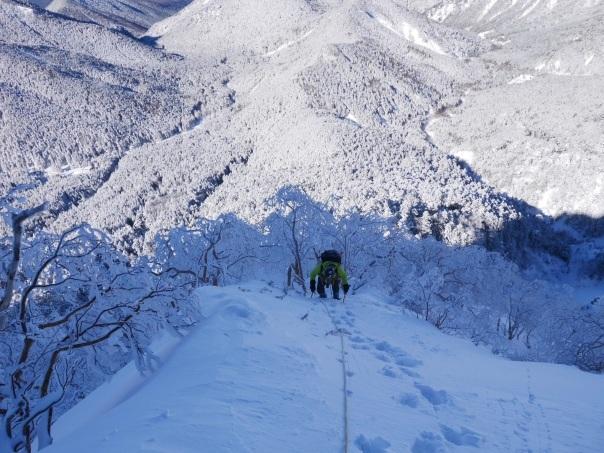冬季アルパイン中山尾根_b0133032_14222408.jpg