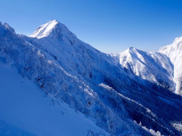 冬季アルパイン中山尾根_b0133032_14242807.jpg
