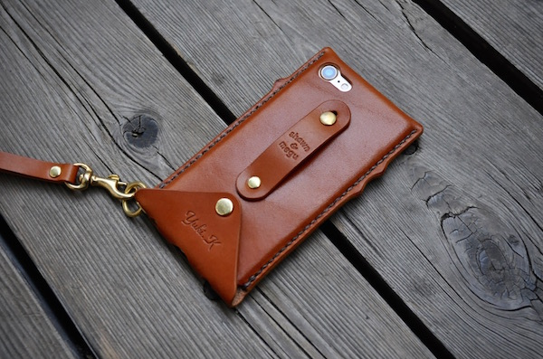 iPhone leather case custom_b0172633_21115774.jpg