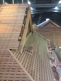 総工費150億円の木造建築物!!_c0179841_21143865.jpg