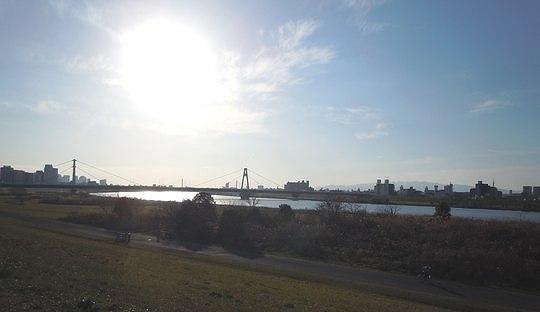 淀川をぼけっと眺めて_b0102572_20442432.jpg