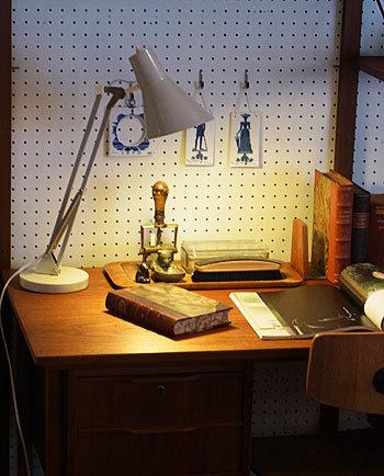 desk lamp_c0139773_15380769.jpg