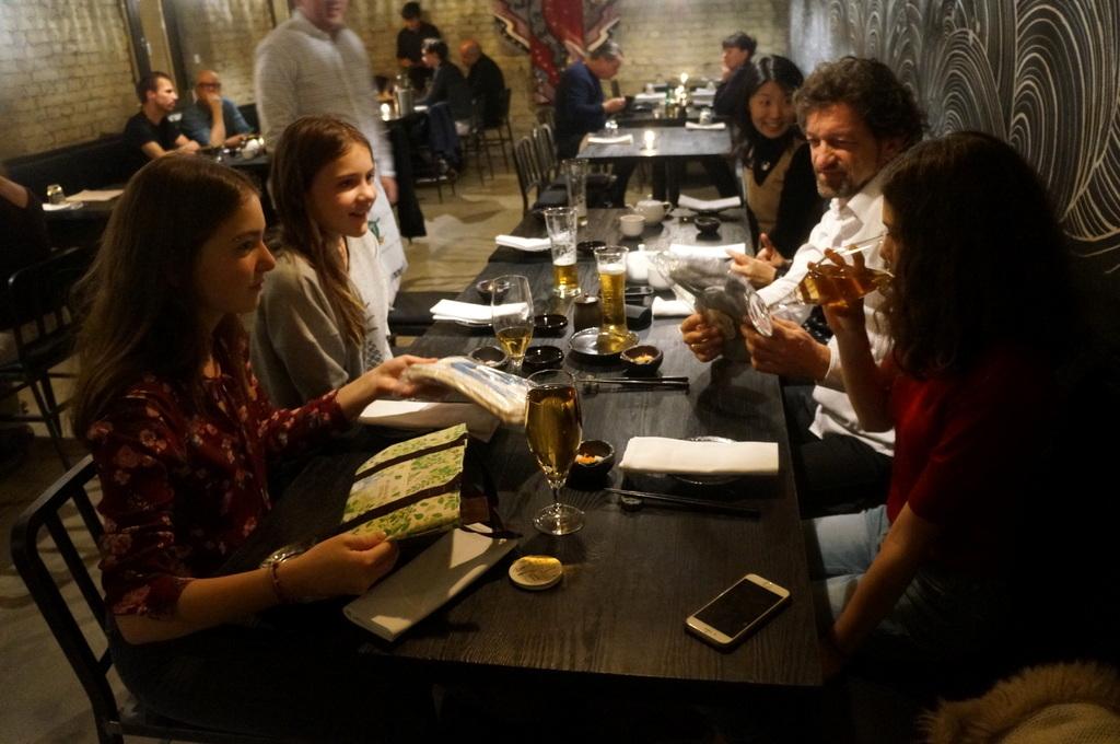 レストラン ULA Berlinへ_c0180686_03423693.jpg