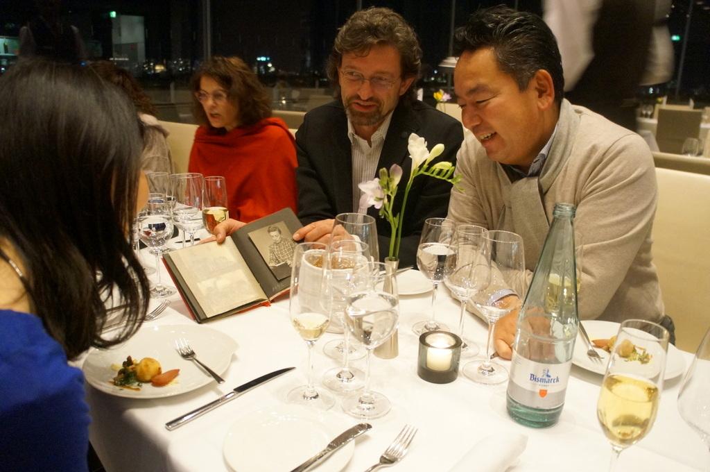 帝国議会堂の屋上レストラン_c0180686_05091653.jpg