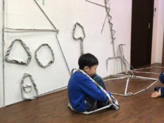 新聞紙棒で作ったよ☆2月の出張教室☆_b0215321_1213023.jpg