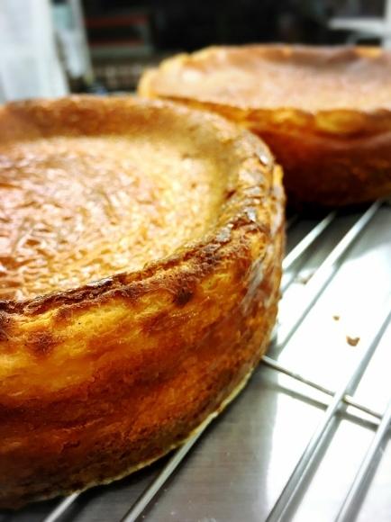 タルトとチーズケーキとチャバッタサンドとスープ。_c0199544_08220865.jpg