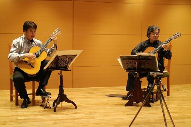「ギターデュオ・コンサート」_e0064847_17325657.jpg