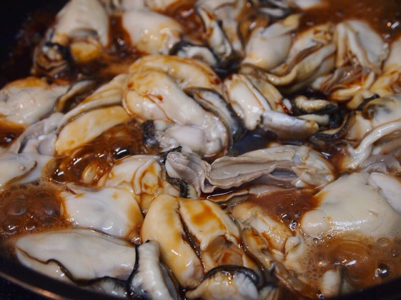 牡蠣のオイル漬け 2_a0258686_06200877.jpg