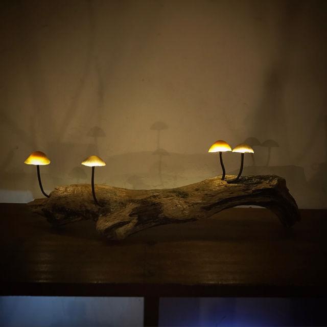 きのこランプの高野幸雄さんの個展へ行ってきました。_d0014014_0404136.jpg