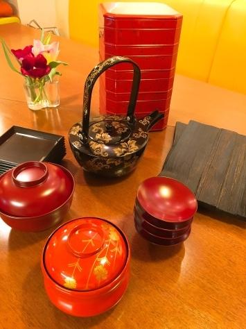 3月「春の懐石レッスン」すごい漆が到着!!_f0141419_08345083.jpg