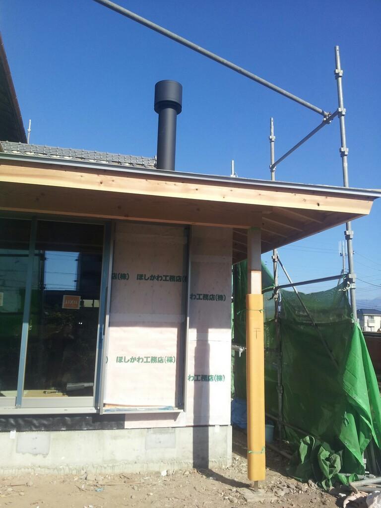 【元総社の家】煙突がつきました。_d0354922_12051223.jpg