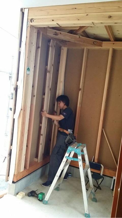 【樋越の家】女性大工さんも活躍しています_d0354922_12154925.jpg