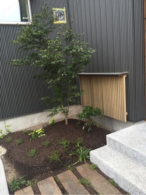 【貝沢の家】外構工事ほぼ完成!_d0354922_12182762.jpg