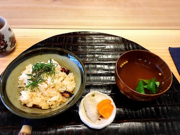料理酒屋  伊勢  兼言(かねごと)_e0292546_06474049.jpg