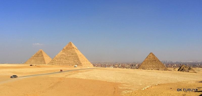 ギザ三大ピラミッド_a0092659_19294925.jpg