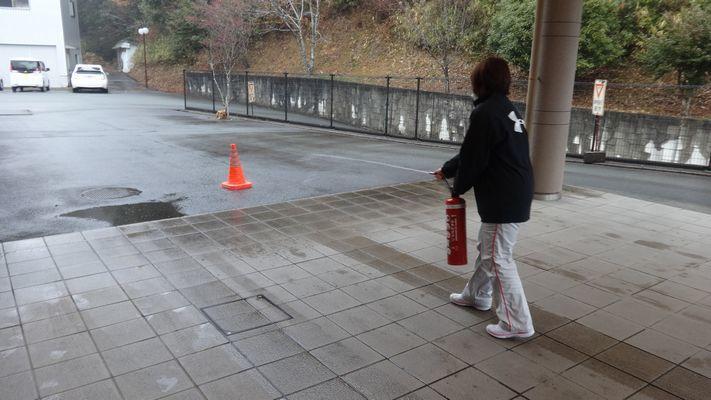 3/2 消防訓練_a0154110_15152662.jpg