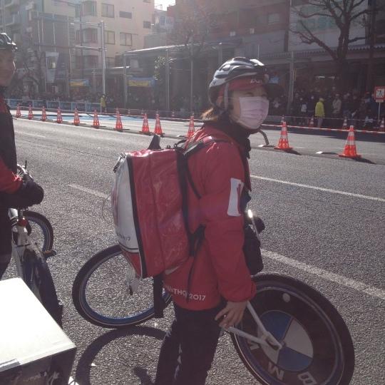 東京マラソン2017 折り返し地点付近で_b0207413_16194708.jpg