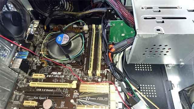 起動しなくなったパソコンの画像