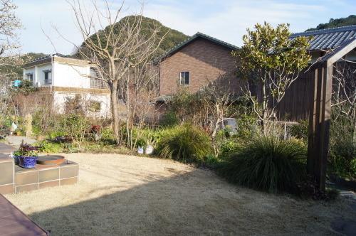 早春の庭_e0181373_21162573.jpg